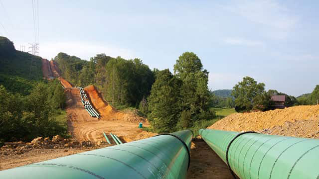 Large diameter pipeline construction will be used in Sabal Trail.