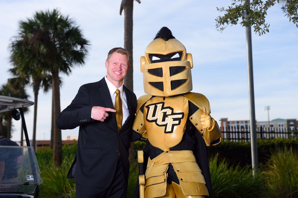 UCF football coach Scott Frost and university mascot Knightro
